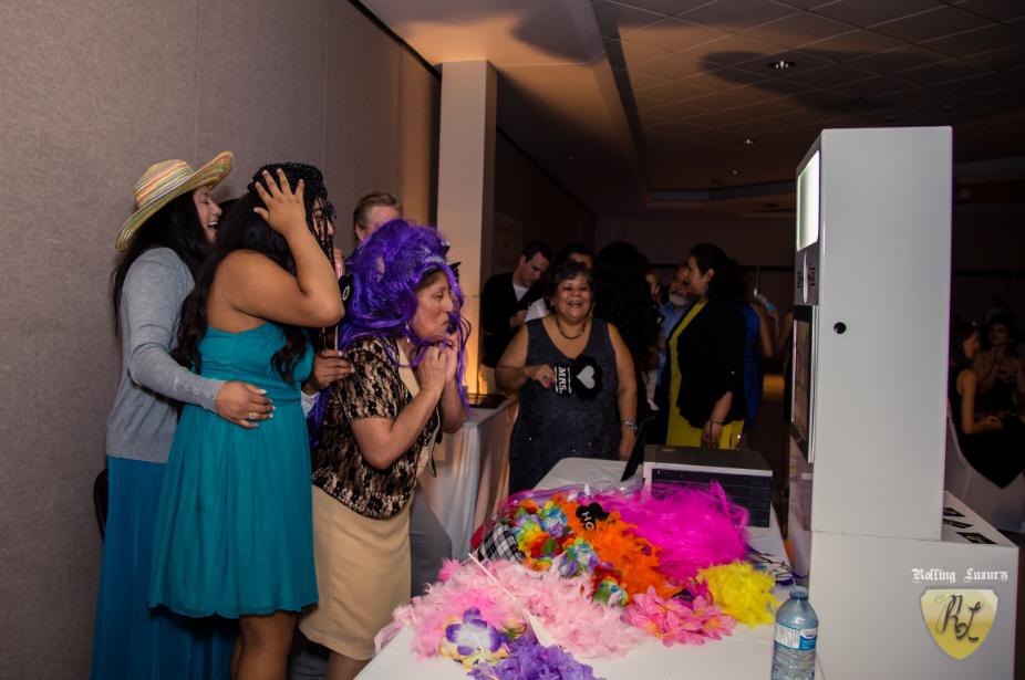 Capturing Wedding Moments